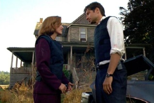 xfiles-home-mulder-scully-640x427